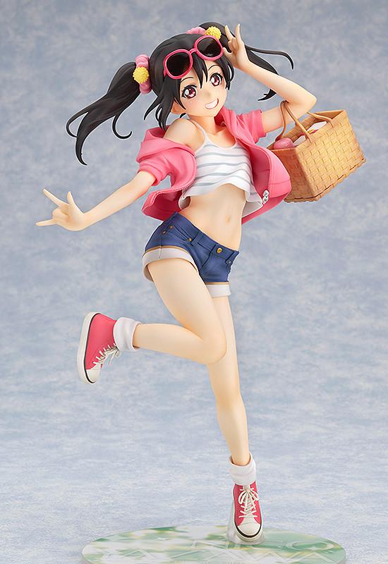 Nico Yazawa: Picnic Girl 1/8 Complete Figure LoveLive!