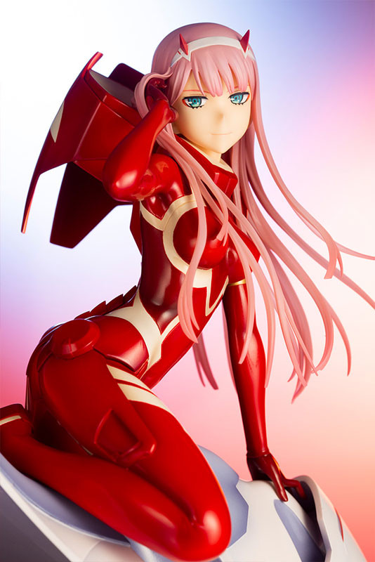 DARLING in the FRANXX - Zero Two 1/7 Complete Figure