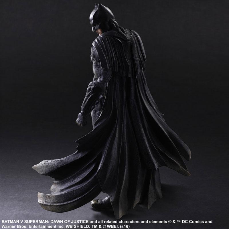 Play Arts Batman Batman vs Superman: Dawn of Justice / Бэтмен фигурка (Бэтмен против Супермена: На заре справедливости)