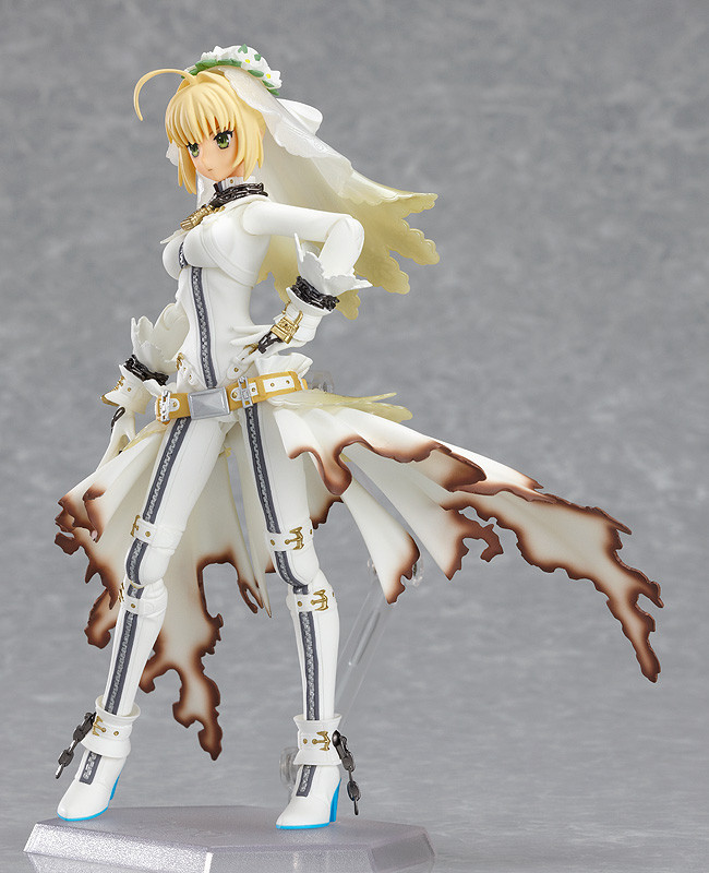 Figma SP-042. Saber Bride (Fate/stay night)