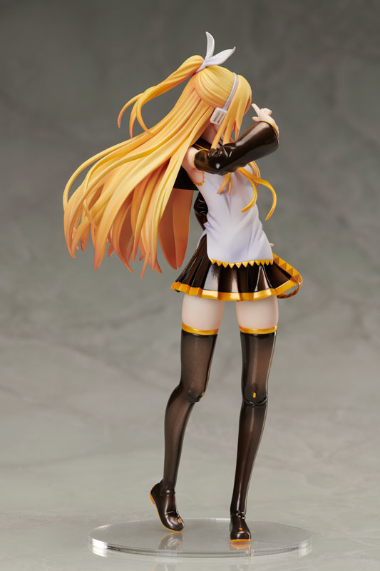 """Character Vocal Series 02 Kagamine Rin """"Rin-chan Nau!"""" Adult Rin Ver. [Vocaloid] [1/8 Complete Figure]"""