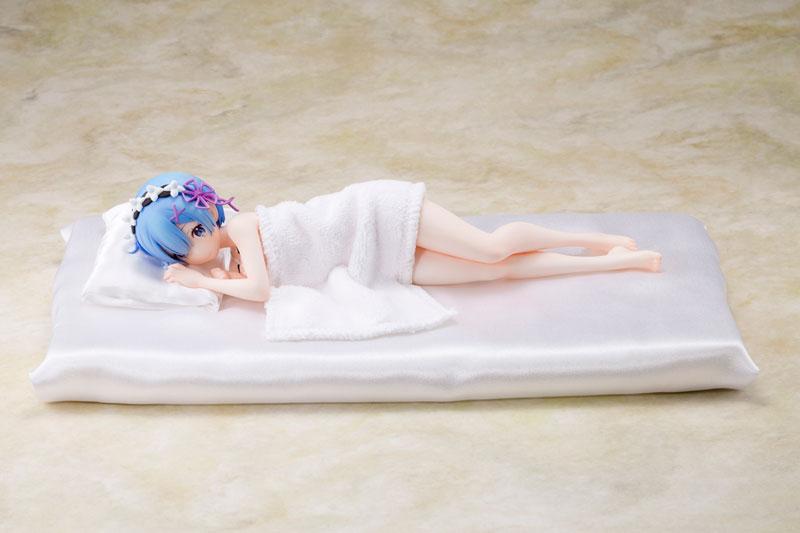 Rem (Sleeping Together) Ver. 1/7 Complete Figure Re: Zero / Жизнь в альтернативном мире с нуля фигурка Рем