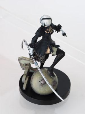 NieR: Automata - 2B Black Box Edition figure [exclusive]